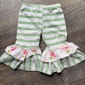 Giggle Moon ruffle crop pants size 5 stripe flower